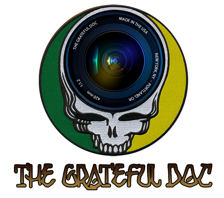 The Grateful Doc Photography logo
